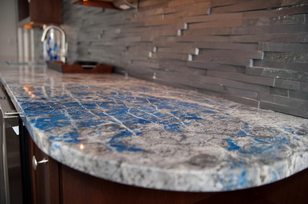 Most Expensive Countertops : Lapis lazuli stone countertop for a wet bar