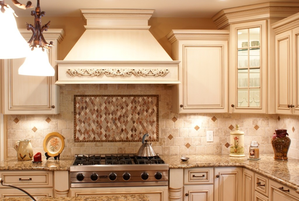 Kitchen backsplash design ideas in nj design build pros for Backsplash designs for small kitchen