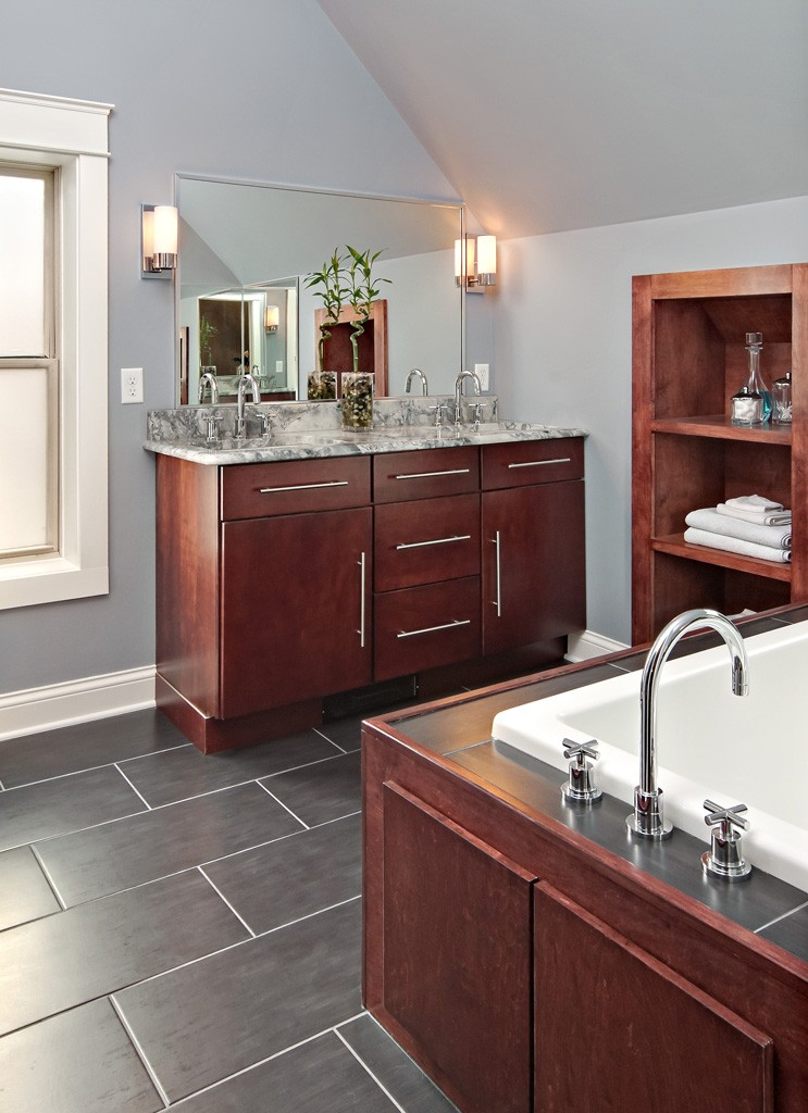 Bathroom remodeling from brekke construction minnesota for Bathroom remodeling minneapolis mn