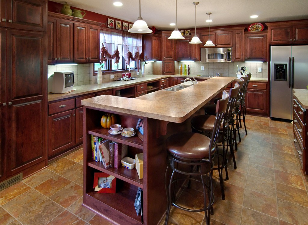 Kitchen remodeling from brekke construction minnesota for Kitchen remodel images
