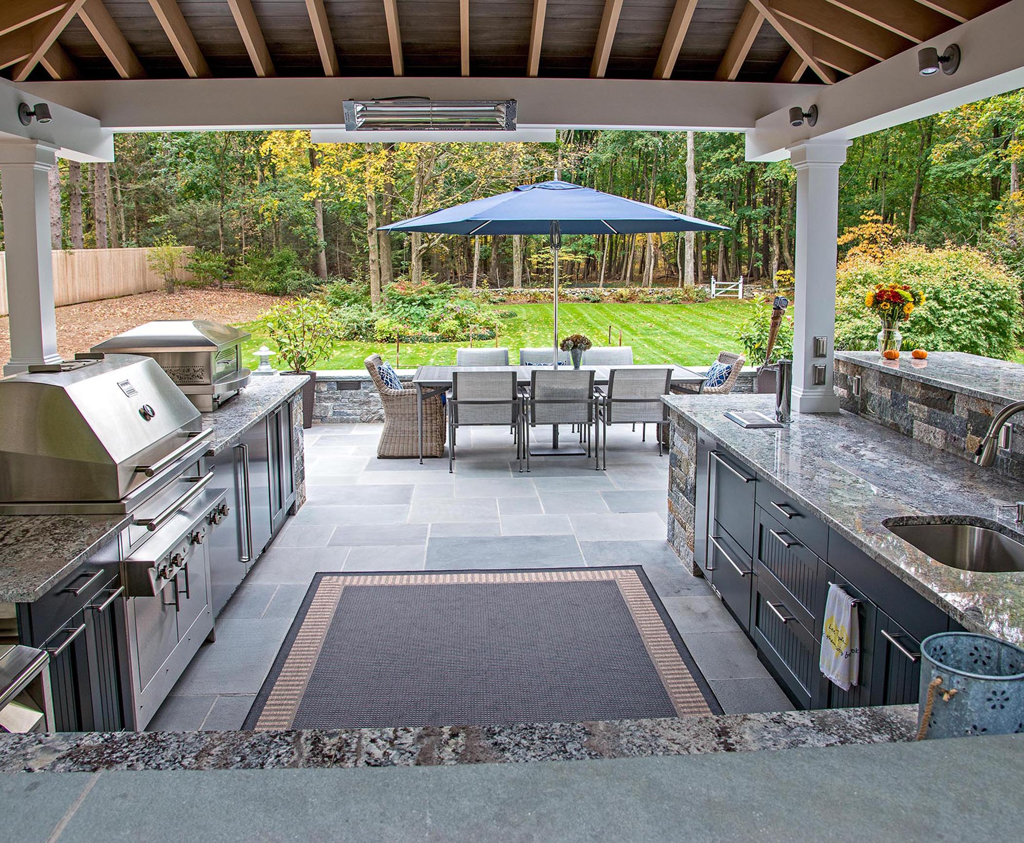 Grilling and entertaining in your outdoor kitchen design for Outdoor kitchen cad drawings