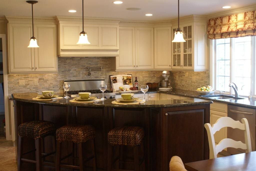 Preparing a romantic dinner for two in your new kitchen for Romantic kitchen designs