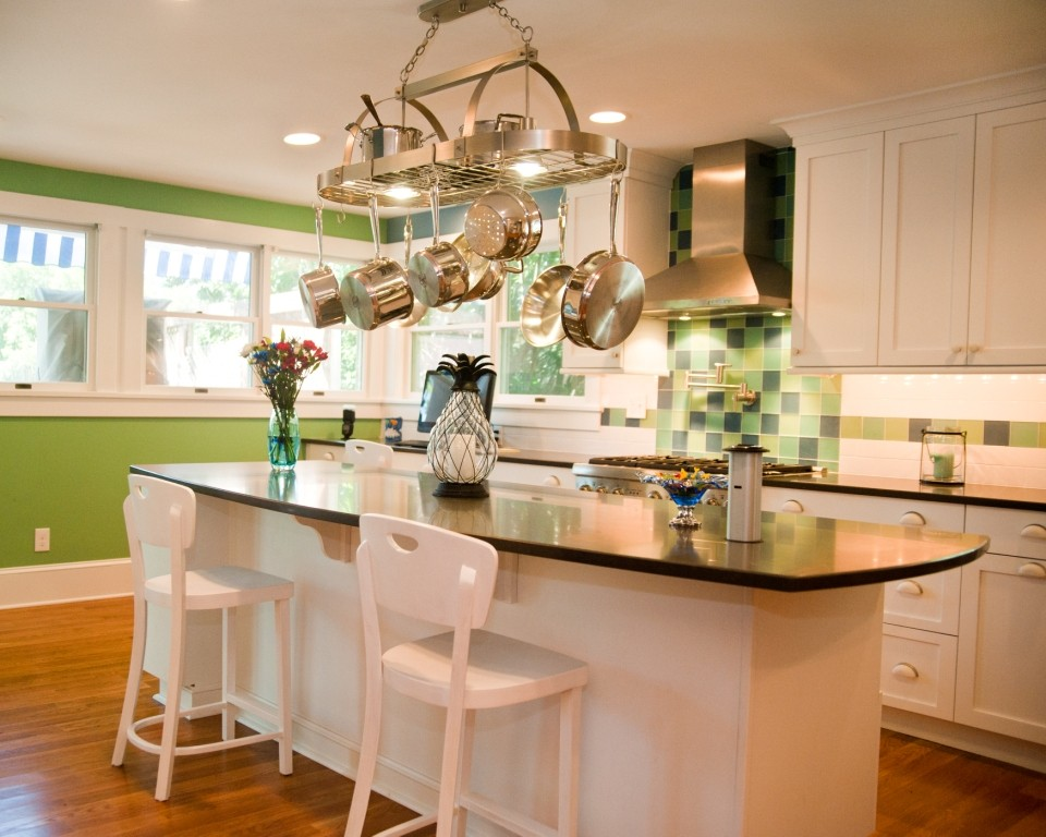 under cabinet lighting for your kitchen - design build