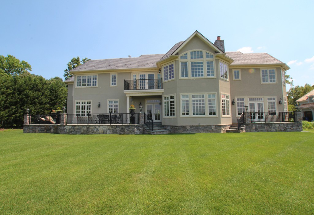 Stucco siding for your home toms river nj patch for Stucco or siding