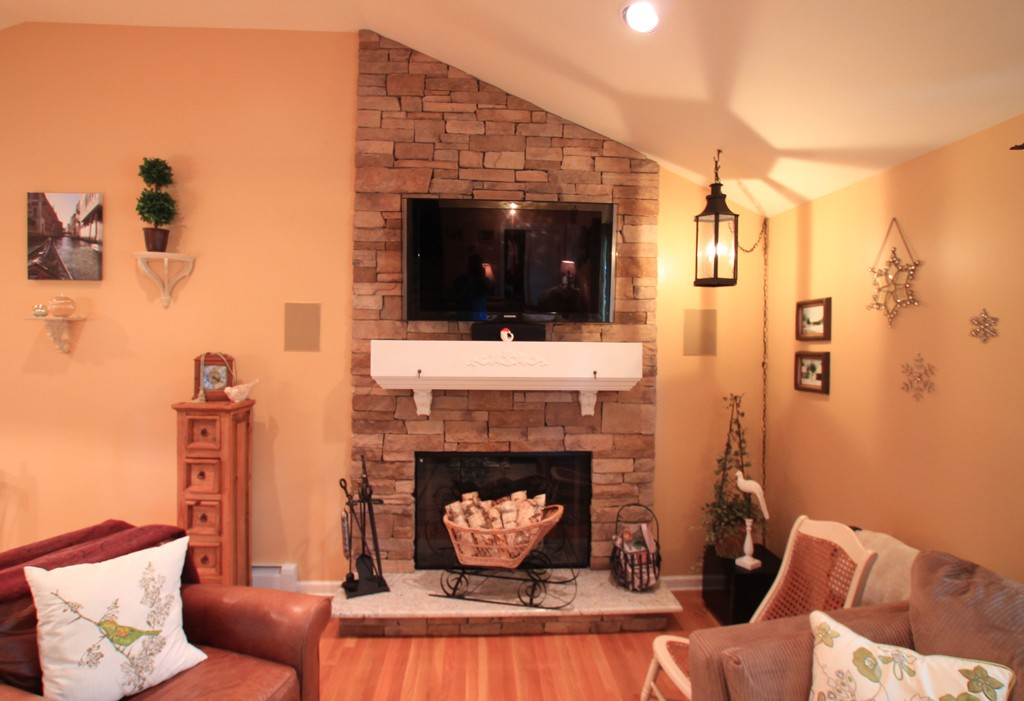 Aesthetics Natural Gas Fireplace versus Wood Burning Fireplace (5)-Design  Build Pros - Gas Fireplace Vs. Natural Wood Burning Fireplace - Design Build Pros