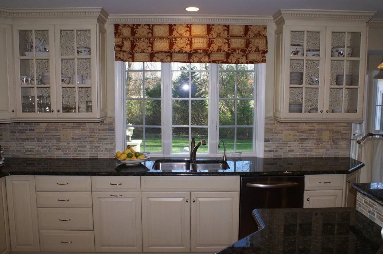 Kitchen Design Tip: Window Sizing - Design Build Planners
