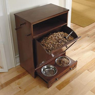 Pet station in your mudroom design build planners for Cost to build a mudroom