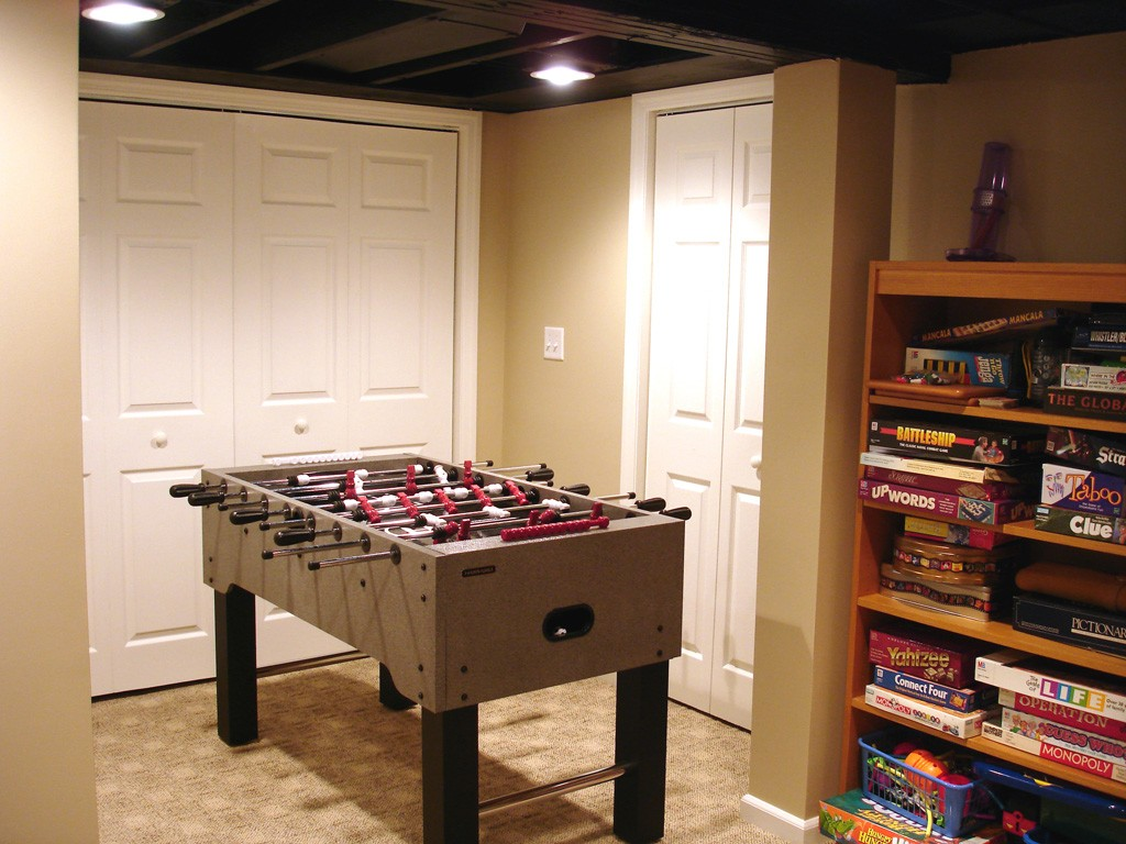 Game room accessories design build pros for Room design builder