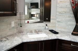 Super white quartzite countertop ~ Design Build Planners (1)