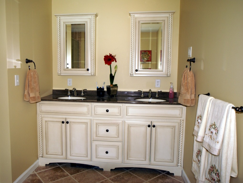 When Choosing Which Type Of Furniture Style Vanity That You Want, You Have  A Couple Of Options Available To You. You Can Choose To Use The Traditional  ...