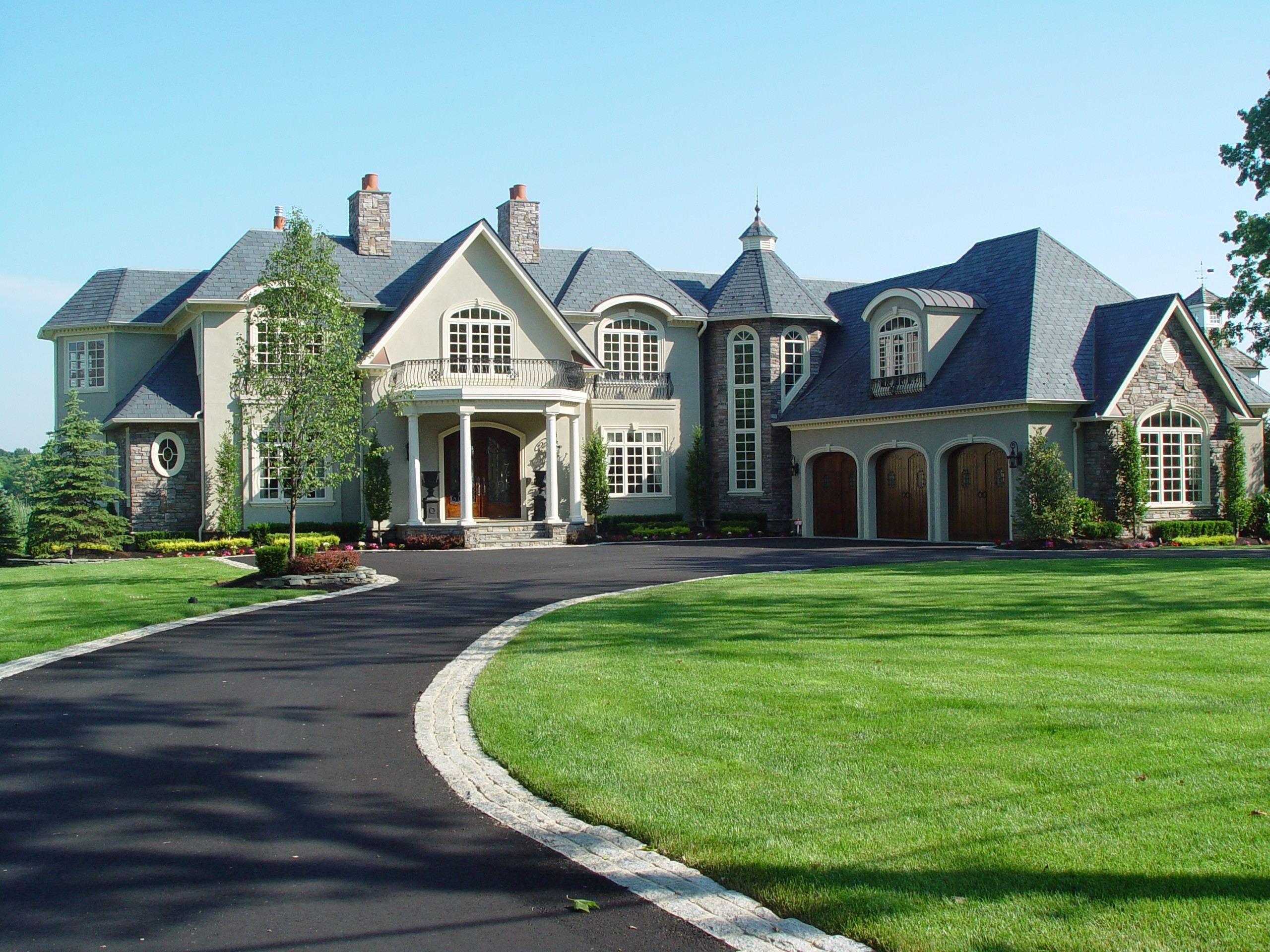 Custom home building design build planners for Luxury home building