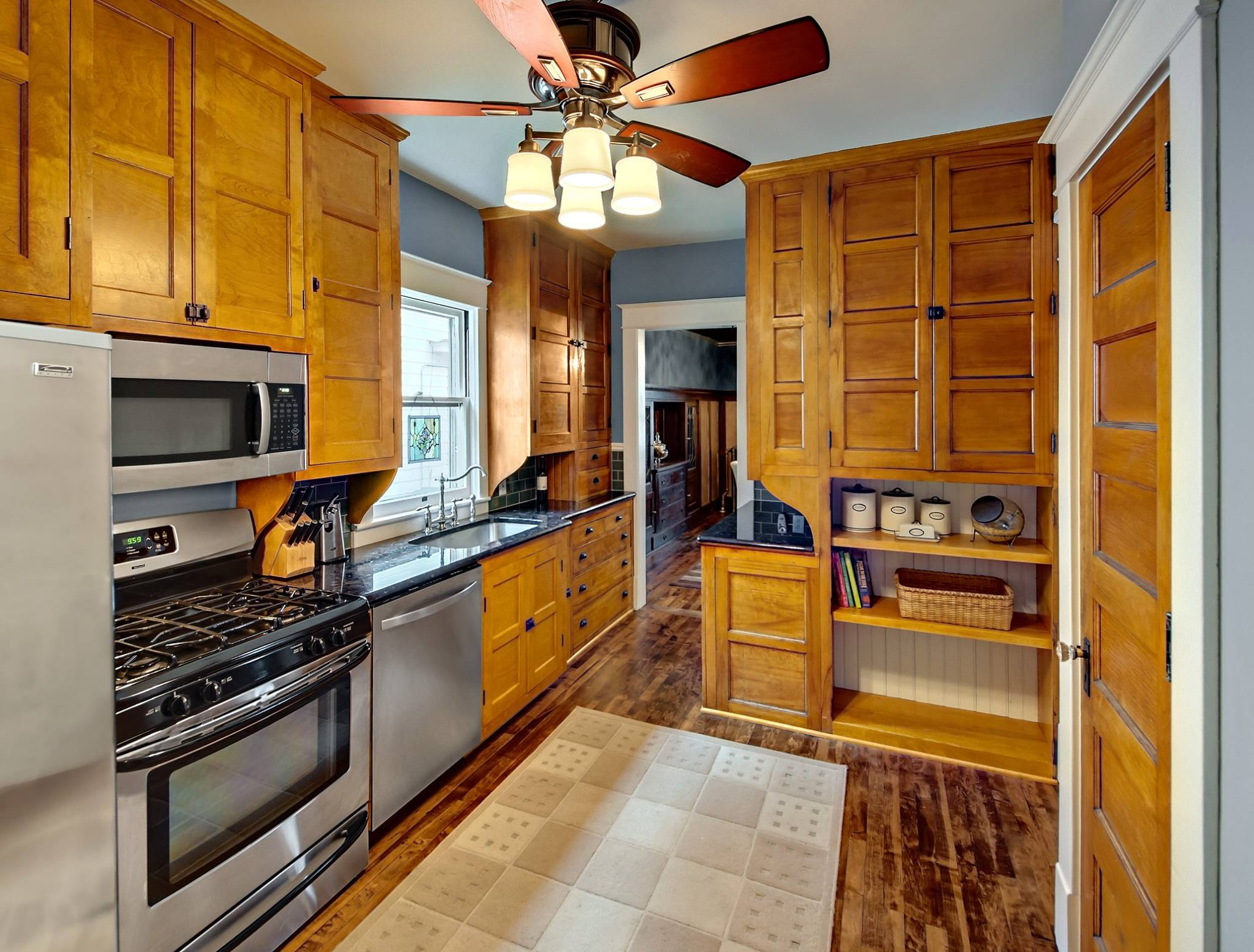 Gorgeous Kitchen Renovation In Potomac Maryland: Small Kitchens That Cook
