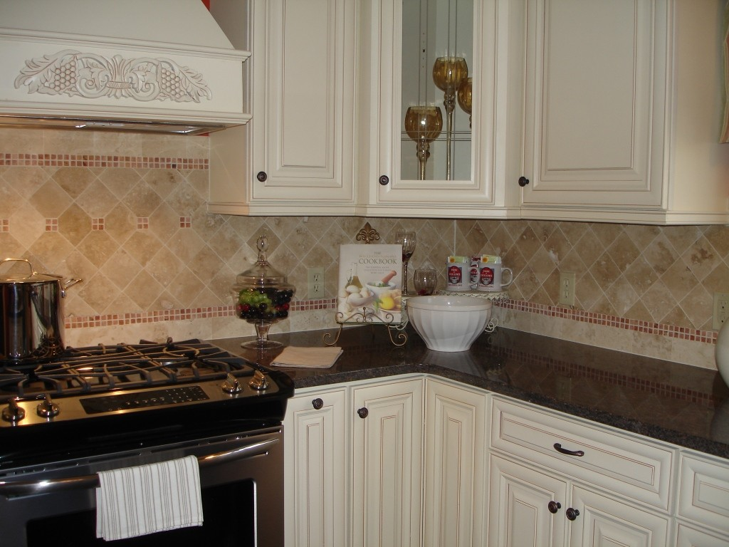 Kitchen Cabinet Knobs And Handles   Design Build Pros (3)