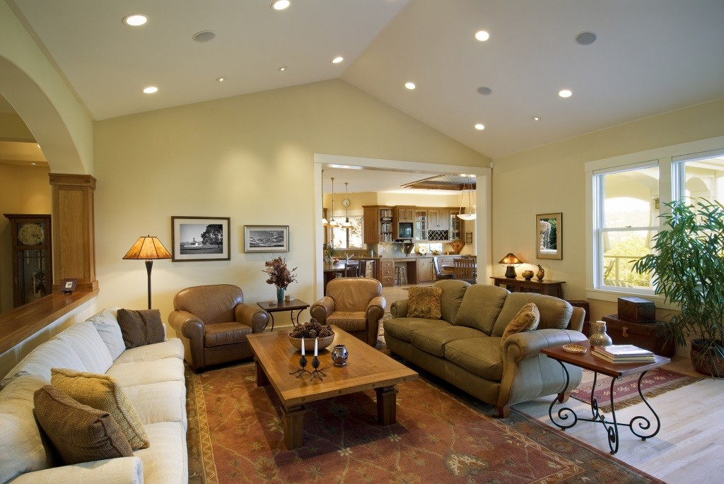 Vaulted Ceilings For Your Interior Remodel